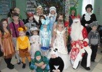 Веселил охрану Дед Мороз