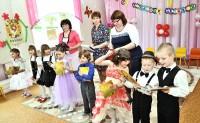 В детских садах — выпускные