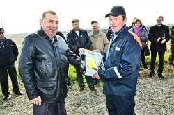 Пахари работают на будущий урожай